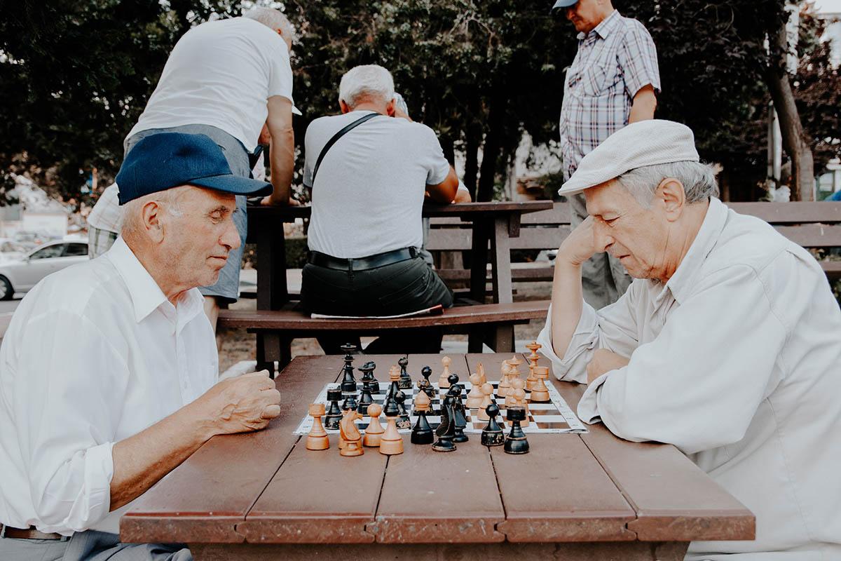 opiekunka starszych ludzi anglia