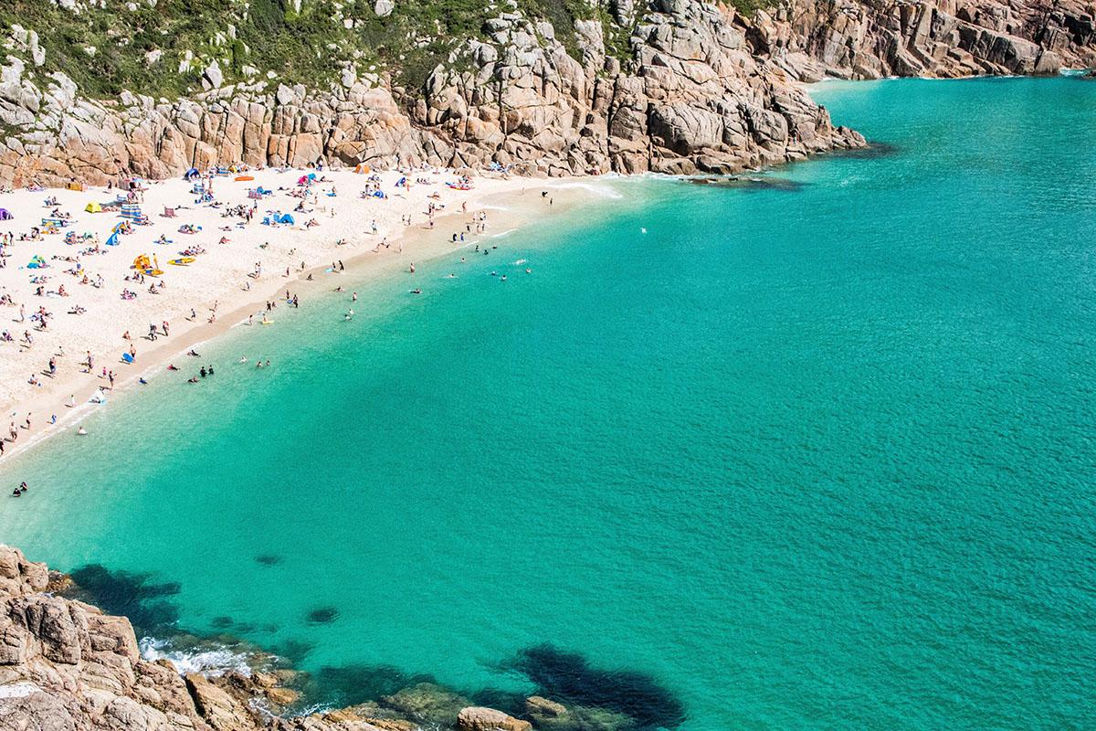 plaża Porthcurno kiedy najlepiej